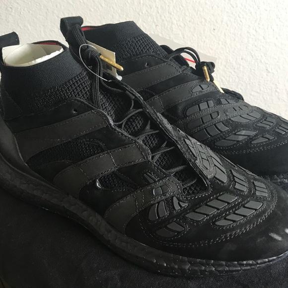 brand new ab7b5 6907d Adidas Accelerators - Triple Black